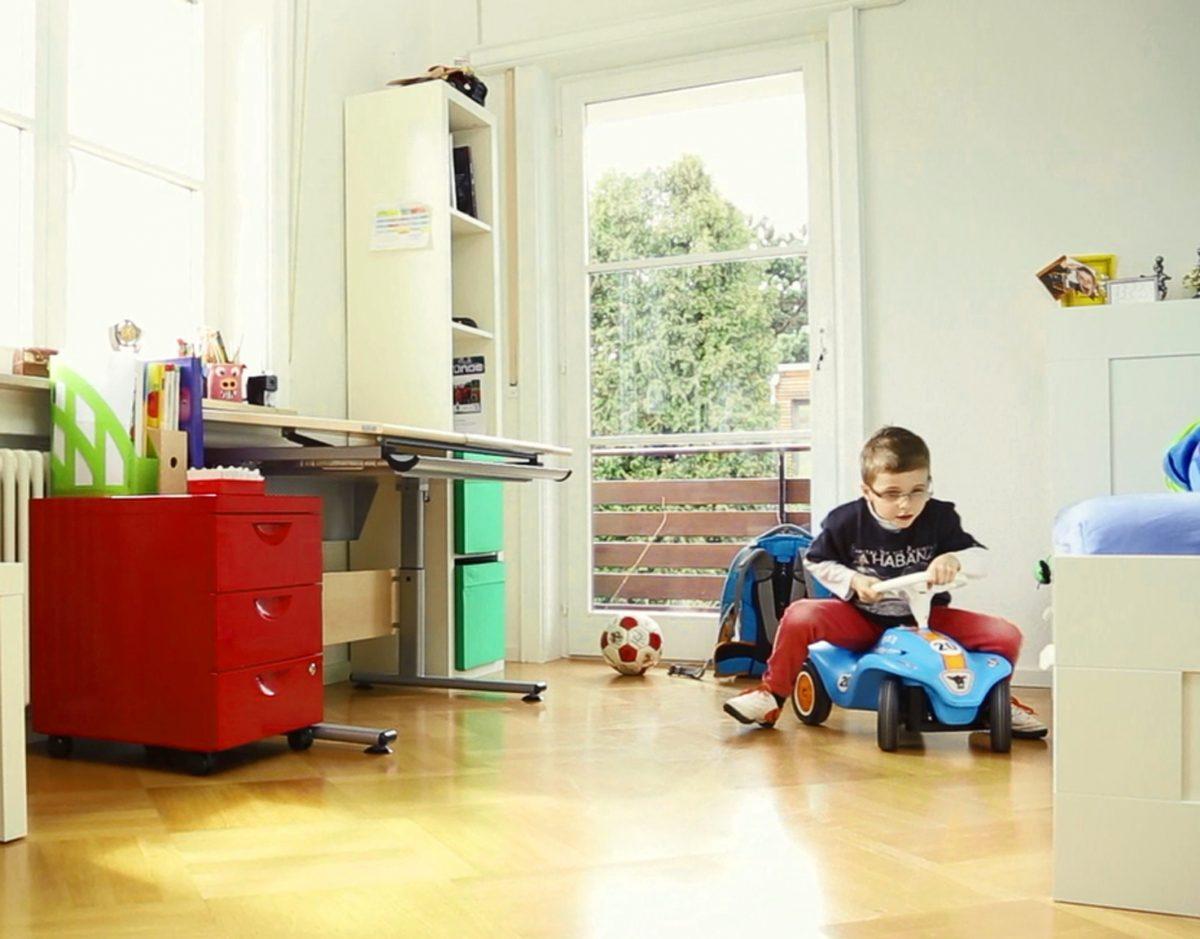 geklebtes parkett vermindert den raumschall endlich ruhe initiative pik 2016. Black Bedroom Furniture Sets. Home Design Ideas