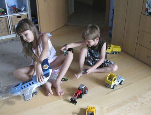 Geklebtes Parkett vermindert Schall – Tobende Kinder herzlich willkommen